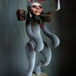 """Klaudia Gaugier. Horka Dolls. """"Hary"""". Clay, porcelain, velvet, polyester, silk. 85 cm"""