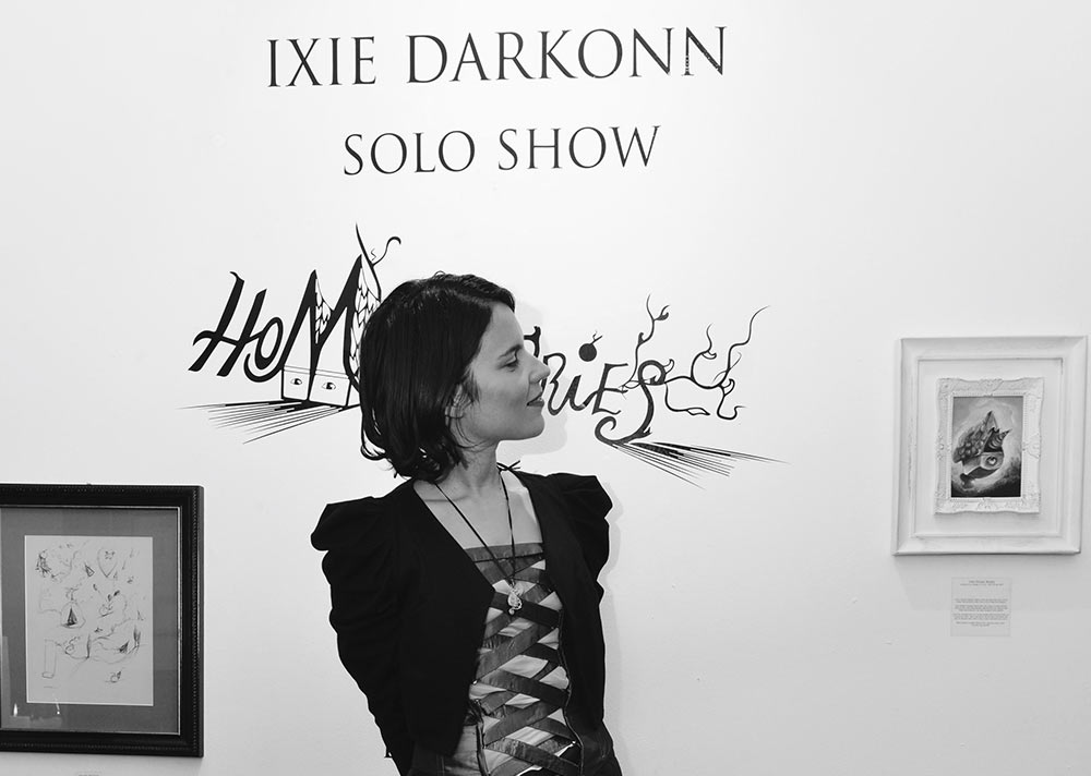Interview with artist Ixie Darkonn